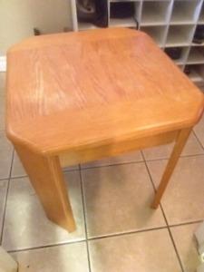 Nice end table