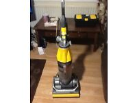 Dyson dc07 vacuum cleaner