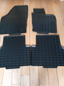 Audi Q3 car mats