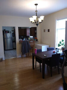 UWO May 2017 - 4 Bedrooms House for Rent