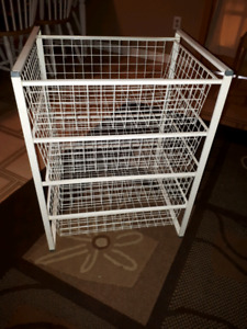 Wire basket stand