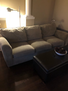 FREE COUCH IN OAKVILLE