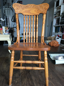 Set of 8 solid oak colonial pressback dining chairs ($1000)
