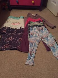 Bundle of girls clothes aged 4 to 5 years