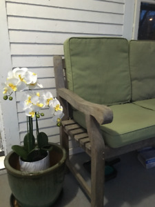 Solid Teak Love Bench with 4 cushions
