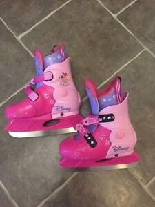 DISNEY PRINCESS ICE SKATES **ADJUSTABLE**