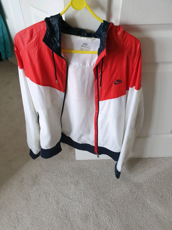 best online 60% clearance best wholesaler Nike Windrunner Summer Sports Jacket Medium 38 - 40 Hardly Used | in Derby,  Derbyshire | Gumtree