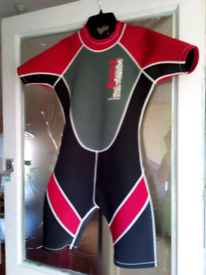 """Perfect condition 34"""" chest Nalu Wavewear shorty wetsuit"""