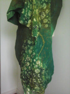 EMERALD and GOLD! An author's thing in the single copy! London Ontario image 5