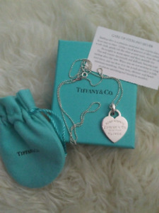 Tiffany & Co. Retired RTT Heart Pendant necklace