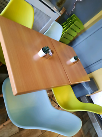 Restaurant/cafe table and chair set