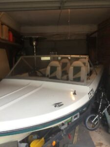 14' Runabout Boat