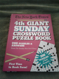 BOOK - NEW YORK TIMES SUNDAY CROSSWORD PUZZLE BOOK