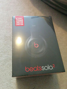 Beats Solo 2 - Sealed, Wired. London Ontario image 2
