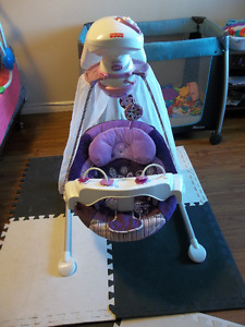 Fisher Price Baby Swing NEW CONDITION!!