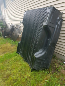 FREE BOXLINER FOR 6.5 FT GMC