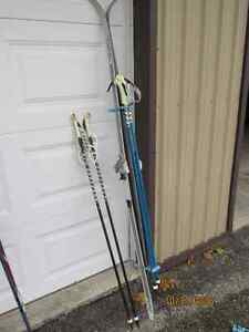 Mens Cross Country Skis with two sets of poles