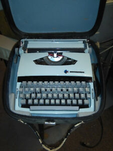 Typewriter Commodore Old School