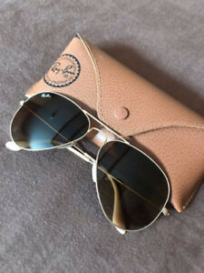 574c61b8f6 Genuine Ray - Ban Aviator RB 3025 - LIKE NEW!