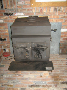 Lakewood Catalytic Wood Burning Stove, Stovepipes