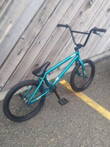 """HIGH END BMX """"""""WETHEPEOPLE"""""""" EXCELLENT CONDITION,VERY LIGHT BIKE"""