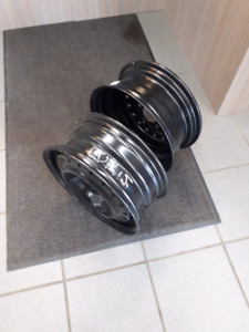 Rims  40.00     15 inch 5 bolts New cash
