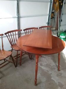 Maple table and 4 chairs