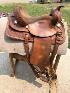 "16"" Western Saddle in good condition!!"