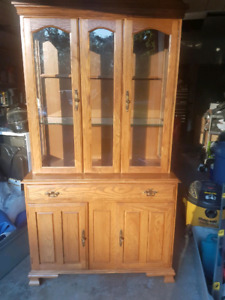 REDUCED $200 Hutch with light inside