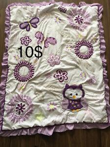 Belle douillette hibou lit dappoint ou bassinette 10$