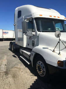 2004 Freightliners Century For Sale ****VERY WELL KEPT****