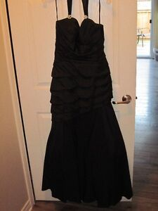 PRICE DROP FOR GORGEOUS BLACK EVENING GOWN