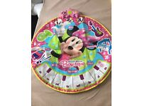 Minnie mouse musical play may