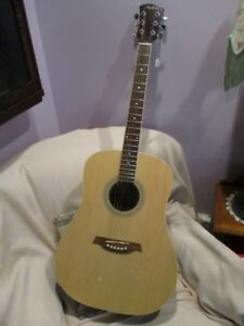 FOREMOST GUITAR FROM ESTATE