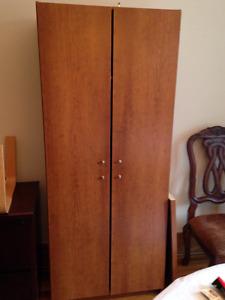 Storage/wardrobe unit