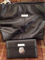 Amparo black leather purse