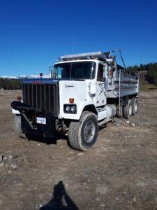 1980 GMC General Dump Truck