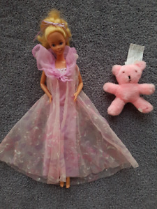 Vintage Mattel Collection - Barbie 1981 - 1985: See pics in ad