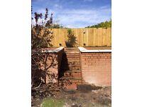 Bricklayer/building contractor