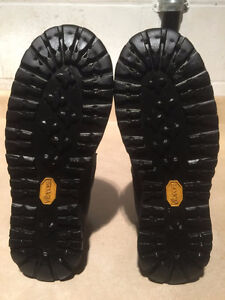 Women's Rocky Gore-Tex Outdoor Boots Size 5.5 London Ontario image 3