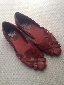 Sandales neuves - vrai cuir