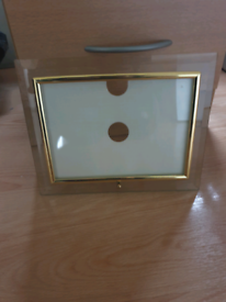 4 Glass photo frames with gold edging (new)