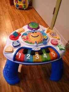 Table baby einstein piano