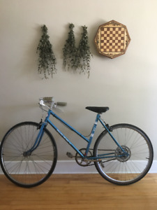 Minty Retro Womens Bicycle - Sears Denim 10