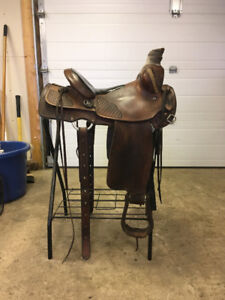Solid Western Roping Saddle