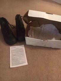 202 mens boots / shoes BRAND NEW