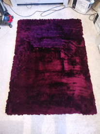 Fine pile shaggy rug deep purple / burgundy 1.2m x 1. 7m