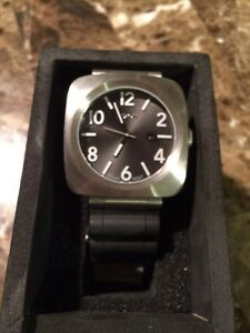 Nixon Solar Powered Watch For Sale