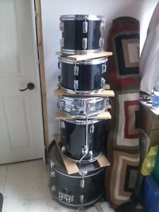 CB PERCUSSION 5PC DRUM SET WITH CYMBALS