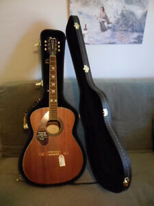 ** Fender Acoustic Guitar**